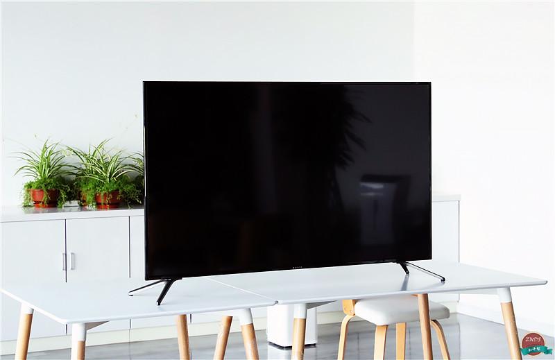 微鲸智能语音电视55D超详细测评 生活中的大娱乐家