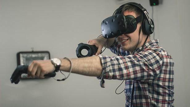 蓝相LCD技术取得重大突破 VR将获益最多