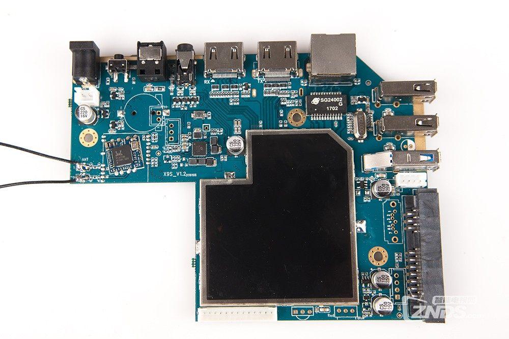 999的4K蓝光导航播放器,开博尔Q6 Plus拆机体验!