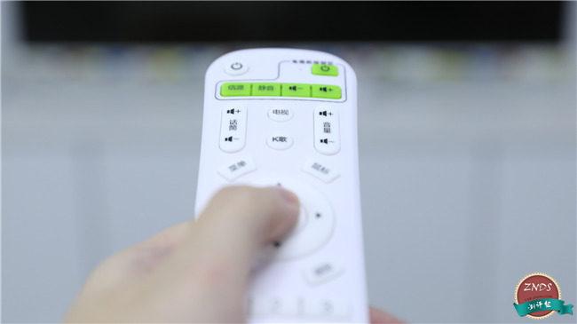 英菲克K12电视盒子上手评测 专为爱唱歌的你打造