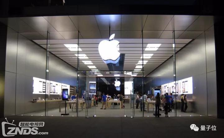 苹果在AI这条路上 依旧是掉队的巨头