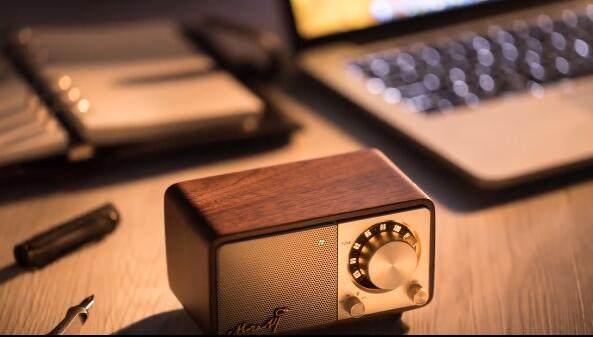 山进莫扎特胡桃木收音机:始于颜值陷于品质