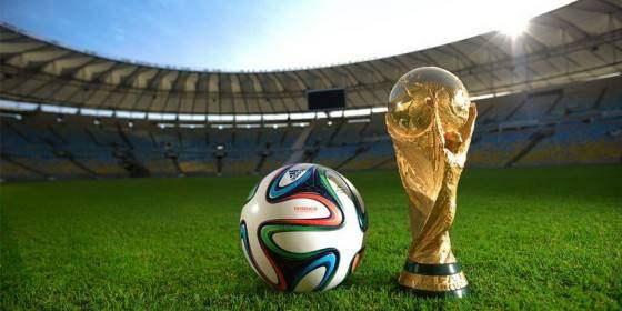 世界杯大屏投影来助兴,看内行人如何选投影机?