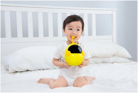 让宝宝受益一生的礼物 布丁机器人分龄熏教伴宝宝健康成长