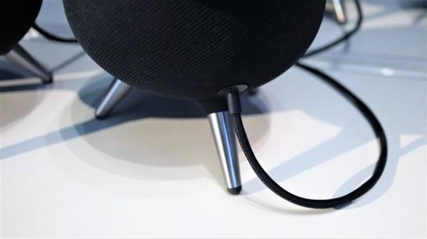 三星首款智能音箱Galaxy Home发布 直接对标苹果HomePod