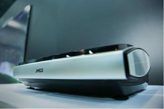 向未来生活出发,坚果发布4K激光电视U1
