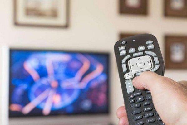 海信电视遥控器坏了怎么办?如何解决遥控器失灵问题?