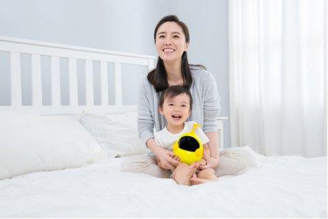 人工智能会育儿,布丁智能机器人助力抓牢育儿关键期