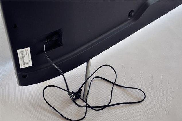 海信HZ55E5A人工智能电视评测:一体超薄,极致智能