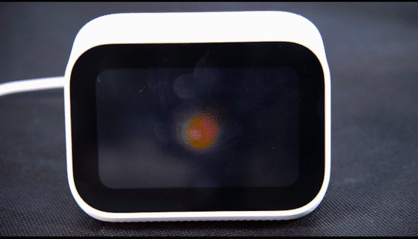 小米小爱触屏音箱怎么样?4英寸屏够看吗?