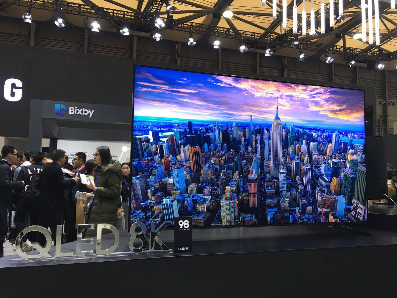 三星2019 QLED电视将上线新功能:关机显示壁纸