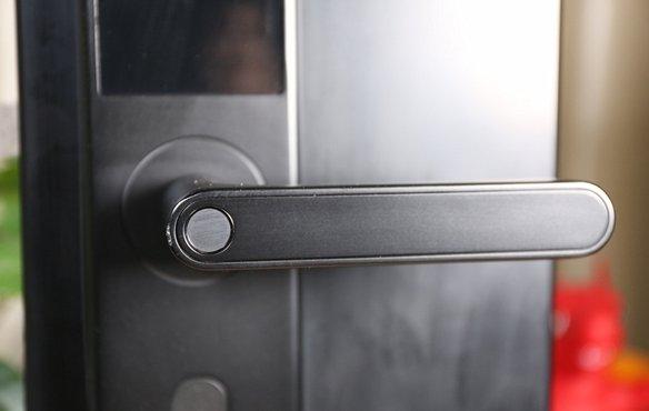 智能门锁的安全性怎么样?智能门锁相对于传统门锁的利弊