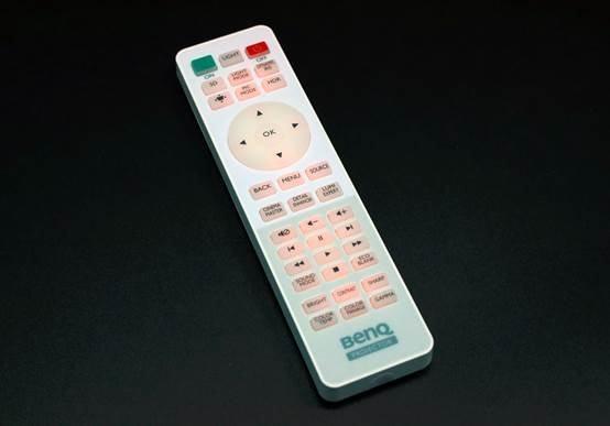 明基TK800M投影机评测体验:组建家庭影院的理想选择