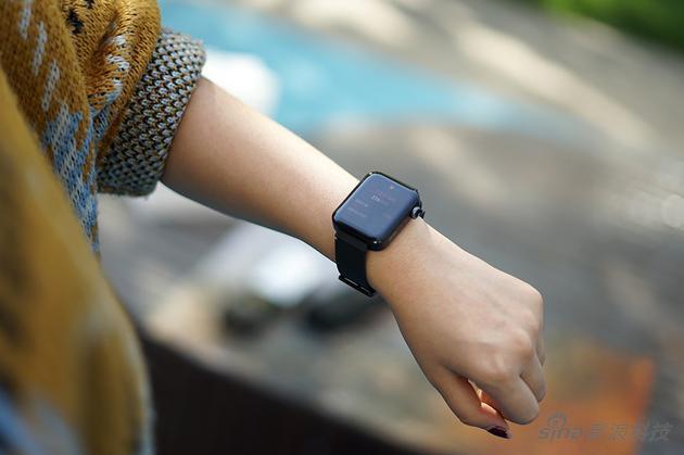"""小米手表亲身评测:能实现4G独立通话的腕上""""手机"""""""