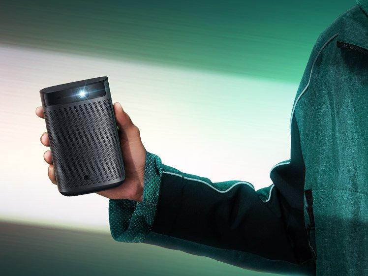 极米Play超悦版新品上市 内置电池 主打便携投影
