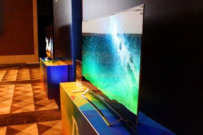 OLED发展迅猛或将取代液晶 LED领跑十年被踢下马