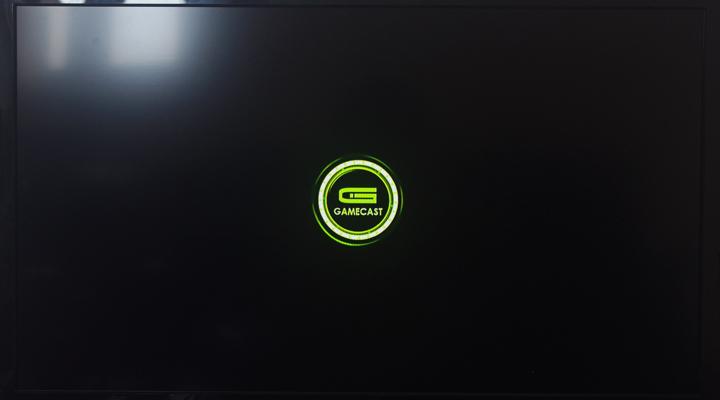 如上画面,这个LOGO还是很赞的   产品主打大屏幕流戏,开机进入游图片