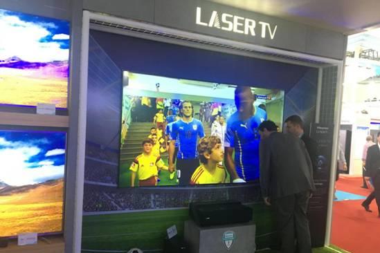 第122届广交会哪里最热闹?海信双色4K激光电视遭强势围观