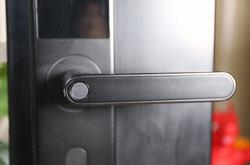 智能门锁的安全性