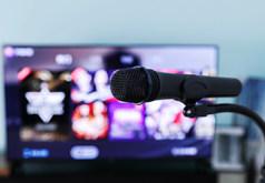 小米电视怎么连接麦克风唱歌