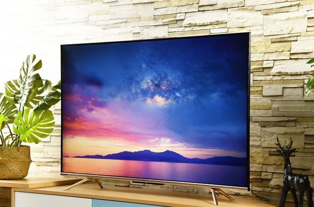 海信65E52F电视评测:集智慧社交、AI智能、出色画质于一身